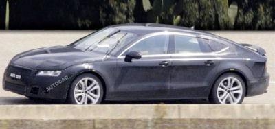 Autocar.co.ul a pu surprendre la future Audi RS7, forte de 580 ch, sur la route..